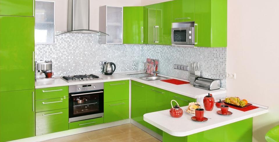 Mosaike an der Küchenwand sind absolute blickfänger wie hier in silber
