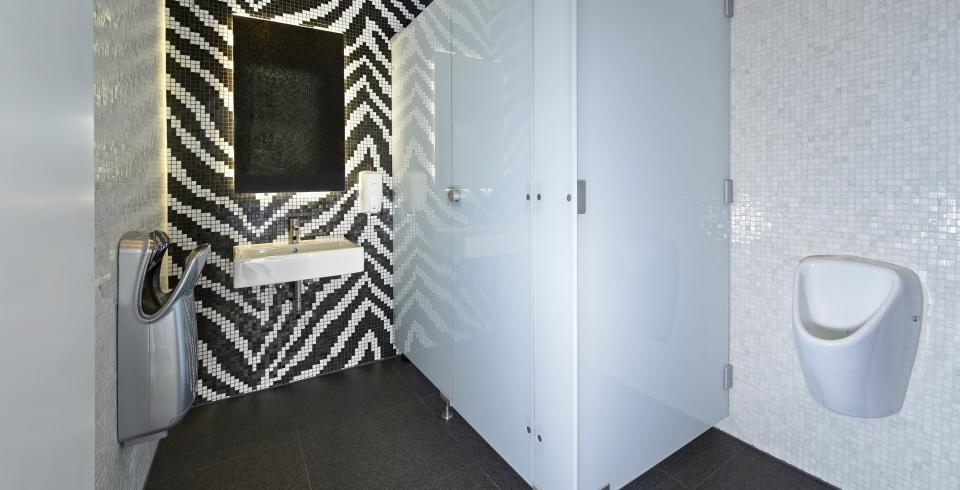 mosaik in schwarz und weiß