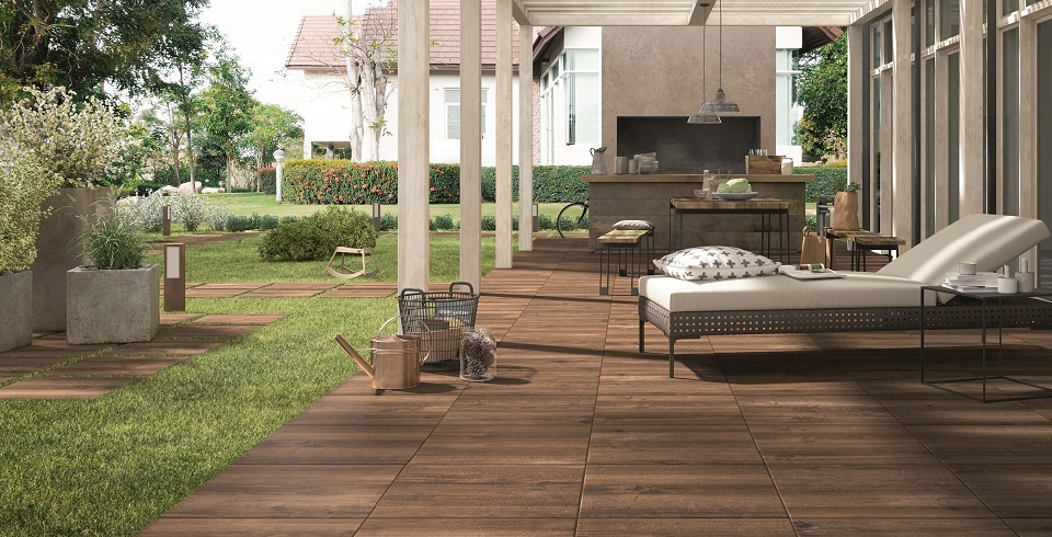 Holzoptikfliese für terrasse und balkon