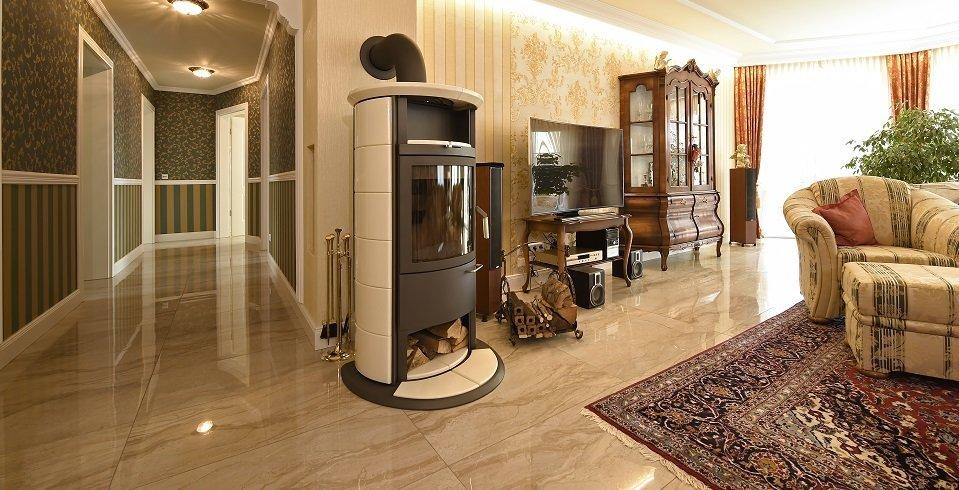 fliesen um kamin und ofen sch n brandsicher fliesen. Black Bedroom Furniture Sets. Home Design Ideas