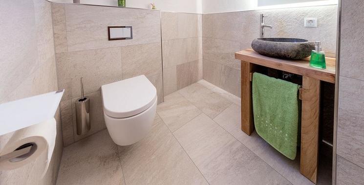gäste-wc fliesen beige kalibriert