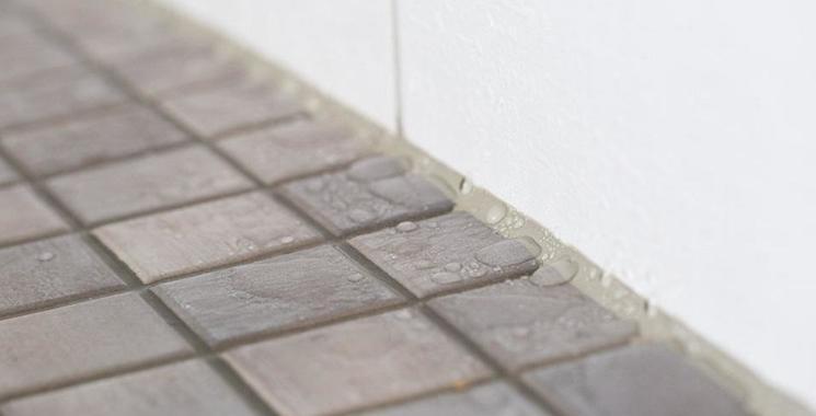 Kalk auf Fliesen entfernen: Expertentipps von Fliesen Kemmler