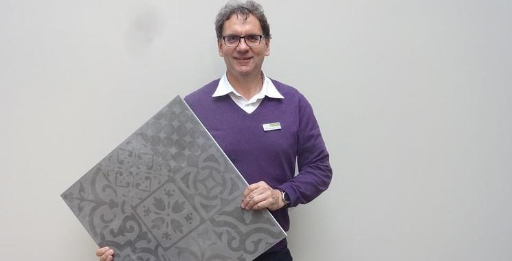zementoptikfliese grau großformat