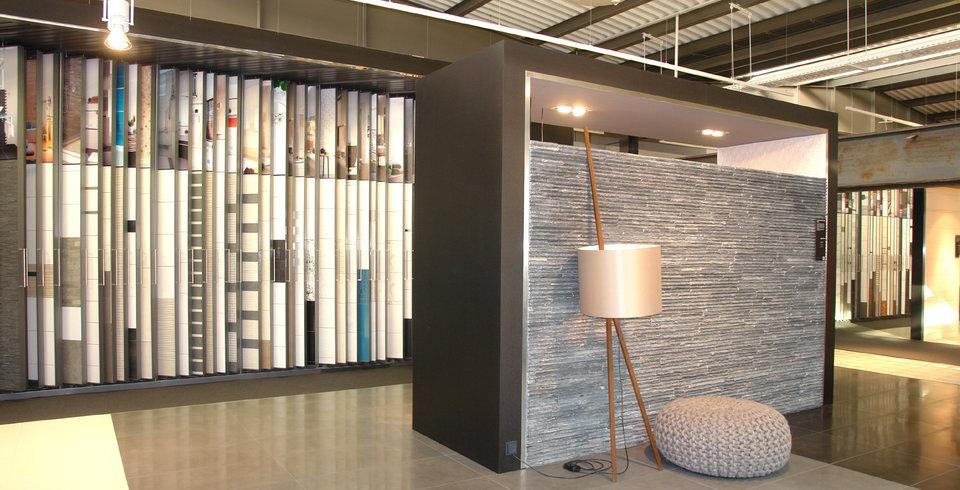 die moderne ausstellung von fliesen kemmler in stuttgart. Black Bedroom Furniture Sets. Home Design Ideas