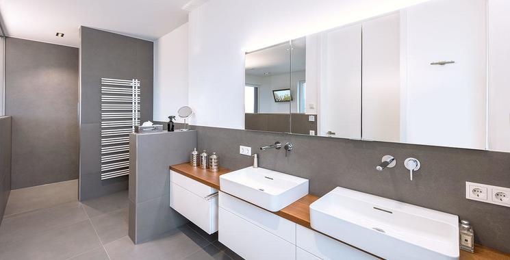 graue große Fliesen im Badezimmer Fliesen Kemmler Referenz Hartmann