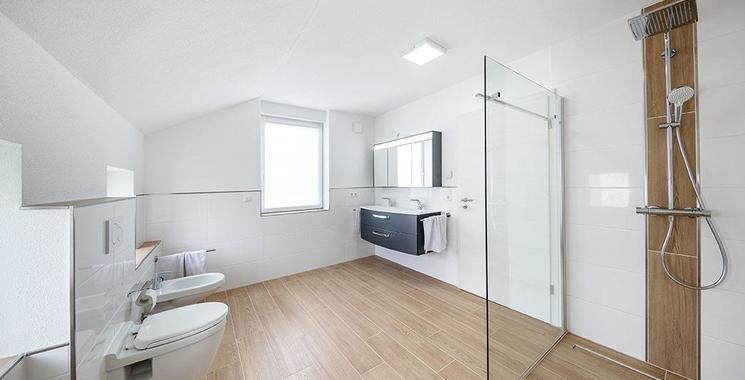 begehbare dusche im badezimmer referenz bajrami