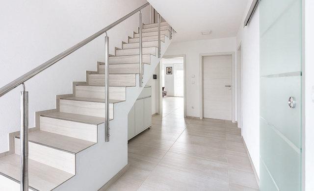 Treppenstufen Mit Fliesen Tipps Bei Fliesen Kemmler - Fliesen malik