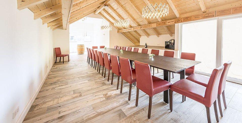 Bodenfliesen in Holzoptik Valentinos Weinkarussell