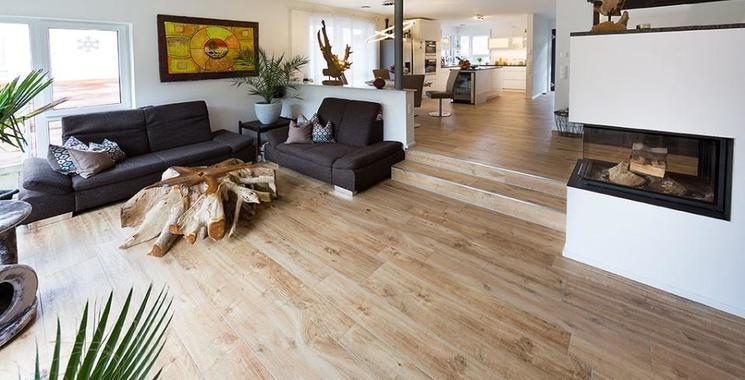 Holzoptik Fliesen im Wohnzimmer