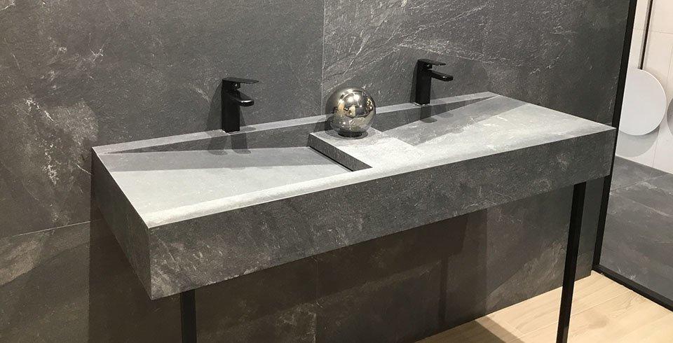 Waschtisch aus Feinsteinzeug Cersaie 2019