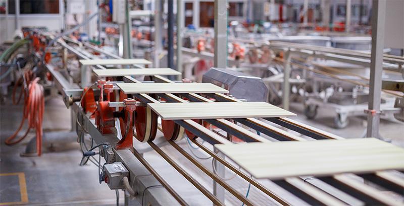 Fliesenherstellung Produktion
