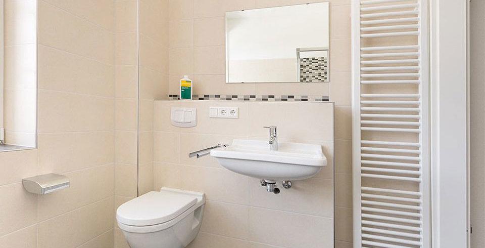 Disneip | Badezimmer Schrank Aufpeppen U003eu003e Mit Spannenden Ideen, Wohnzimmer  Design