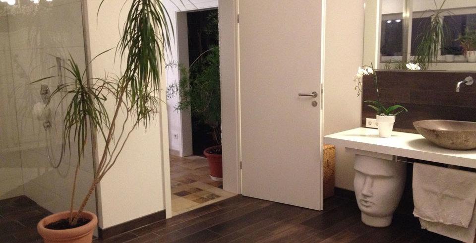 fliesen kemmler wand und bodenfliese azzanello in der farbe braun und im format 15 x 90 cm. Black Bedroom Furniture Sets. Home Design Ideas