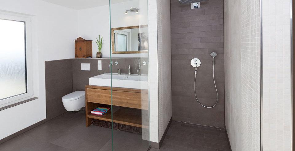 fliesen kemmler bodenfliese irsina in der farbe braun und im format 80 x 80 cm. Black Bedroom Furniture Sets. Home Design Ideas